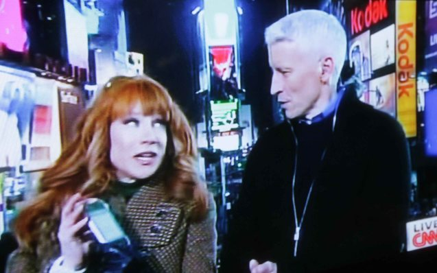 Kathy shows her phone to Anderson, she's a self-confessed Twitter addict.