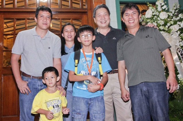 from right: Noel Bautista, Robin Tong, Zachy Torres, Roselle Torres, Jun jun Torres and their son Caleb. Photo was taken during the wake at Sanctuario De San Jose Greenhills. Photo by Jude Bautista