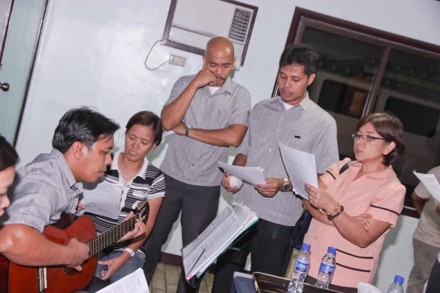 The SSHG Choir sang for Tita Lily during the wake at Sanctuario De San Jose Greenhills. Photo by Jude Bautista