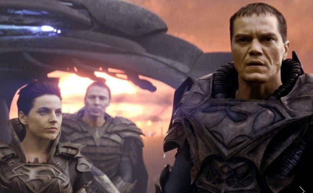 right: General Zod (Michael Shannon) and his troops are in battle armor in Krypton. Catch MAN OF STEEL in Newport Cinemas-Resort's World Manila, EASTWOOD City Mall, Lucky China Town Mall and Shang Rila Plaza mall.