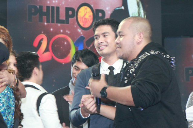 from left: RWM CINDERELLA's Christian Bautista congratulates rapper QUEST. Catch the PHILPOP 2013 finalists on their mall tour in EASTWOOD Central Plaza (Aug 9), LUCKY CHINATOWN Atrium (Aug 17) and VENICE PIAZZA at McKinley Hill (Aug 18). Photo by Jude Bautista