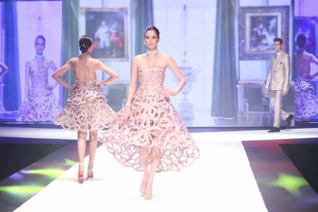from the MADAME POMPADOUR collection by Jewelmer, clothes designed by Francis Libiran. Photo was taken during the Jewelmer Gala at the NBC tent last October 15, 2013. Photo by Jude Bautista