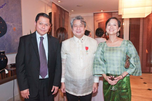 from left: CCP Pres. Raul Suñico, Chevalier Briccio Santos and Bettina Osmeña. Photo was taken last October 24, 2013 at the official French Ambassador's residence in Makati. Photo by Jude Bautista