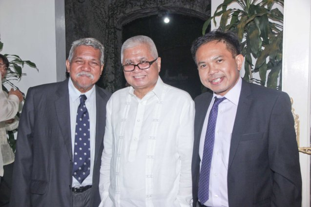 from left: Cinemanila founder Tikoy Aguiluz, IBC Pres. Lito Ocampo Cruz and French Audio Visual Attaché Martin Macalintal. Photo was taken last October 24, 2013 at the official French Ambassador's residence in Makati. Photo by Jude Bautista