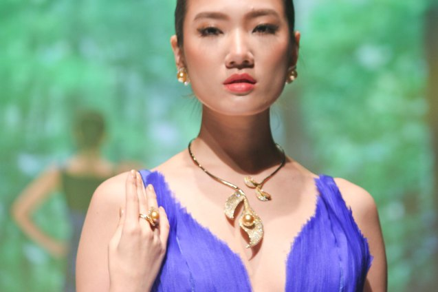 from the TROPICS collection by Jewelmer, clothes designed by Rhett Eala. Photo was taken during the Jewelmer Gala at the NBC tent last October 15, 2013. Photo by Jude Bautista