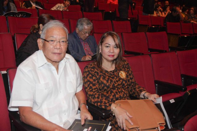 VIP fans that night: CCP Trustee Jaime Laya and PDI Lifestyle Editor Thelma Sioson San Juan. THE LEGENDS AND THE CLASSICS ENCORE was held at the CCP last Oct 12, 2013. Photo by Jude Bautista