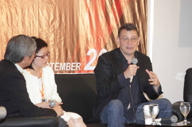 from right: Frank Priot-Film France Deputy Director COO, Jennifer Jao-Taipei Film Commission Director and Teddy Granados FDCP Executive Dir. Pic was taken at the International Film Expo last September 6, 2013. Priot and Jao discussed the effects of new technology on the film industry, specifically the pros and cons of using a green screen and how social media has become a vital tool for modern filmmakers. Photo by Jude Bautista