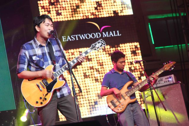 Hidden Mickey performs at Eastwood City New Year Countdown to 2014, December 31 at the Eastwood Mall Open Park. Photo by Jude Bautista