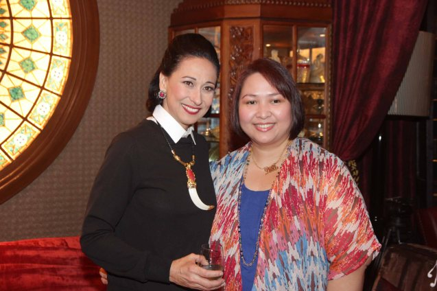from left: Cherie Gil and Bizworld Mktg Mgr Denise Calnea are photographed in Salon De Ning, The Peninsula Manila. Cherie plays style doyenne Diana Vreeland in FULL GALLOP by MY OWN MANN Prod. running from March 14-23, 2014 at the Carlos P Romulo Auditorium, RCBC Plaza. Photo by Jude Bautista