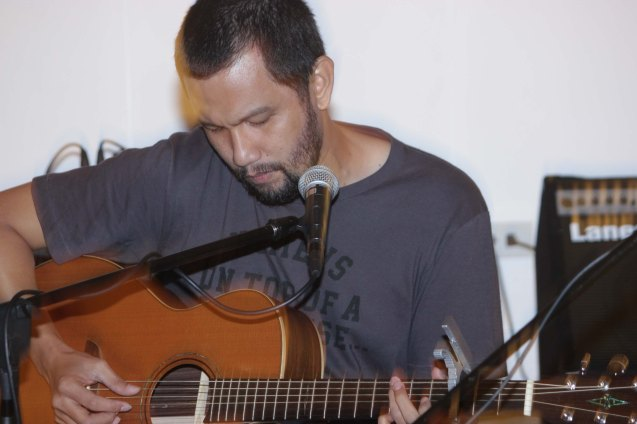 PHILPOP 2013 1st Runner Up Johnoy Danao at A_ Space Acoustic lounge. Fete Dela Musique 2014 had 200 acts in more than 20 different locations last June 21, 2014. Photo by Jude Bautista