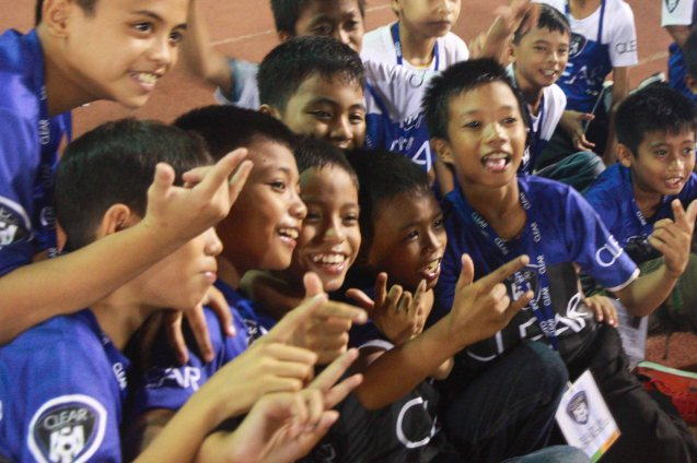 Ticket sales of the CLEAR DREAM MATCH benefitted the Tuloy Foundation founded by DON BOSCO, which aims to help street kids be integrated to mainstream society. THE CLEAR DREAM MATCH was held at the sold out University of Makati Stadium last June 7, 2014. Photo by Jude Bautista