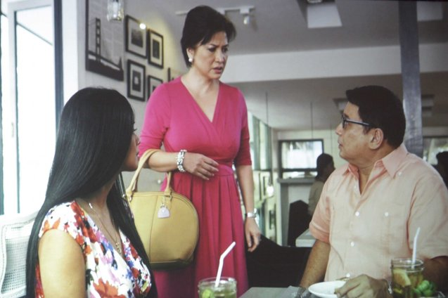 S6PARADOS Ricky Davao is confronted by Melissa Mendez. Cinemalaya X running from August 1-10, 2014 in CCP will have satellite venues: Greenbelt, Alabang Town Center, Trinoma and Fairview Terraces.