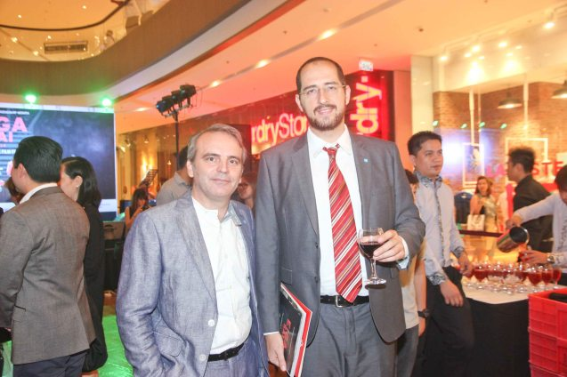 from right: Instituto Cervantes Manila Managing Dir Carlos Madrid and Instituto Cervantes Deputy for Cultural Affairs Jose Fons at the Shang East Wing where the opening of Eiga Sai fest was held. The Eiga Sai Japanese Film Festival will screen films for free  from July 4 to 13, 2014 at the Shang Cineplex, Shang Rila Plaza Mall. Photo by Jude Bautista