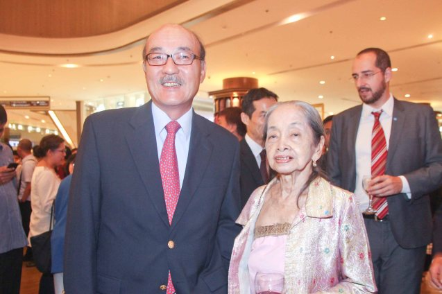 Japan Amb H.E. Toshinao Urabe with Chevalier Virginia Moreno at the Shang East Wing where the opening of Eiga Sai fest was held. The Eiga Sai Japanese Film Festival will screen films for free from July 4 to 13, 2014 at the Shang Cineplex, Shang Rila Plaza Mall. Photo by Jude Bautista