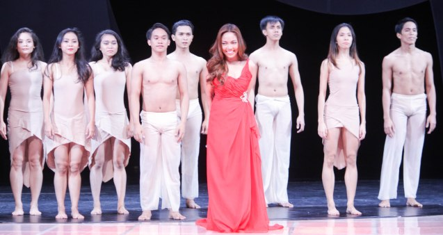 Pinoy Pop Superstar & WCOPA champ Jonalyn Viray had a stirring performance of the Cinemalaya theme together with Ballet Phil. The Cinemalaya X Awards was held last August 10, 2014 at the CCP. Watch out for Cinemalaya films' commercial release in the coming months. Photo by Jude Bautista