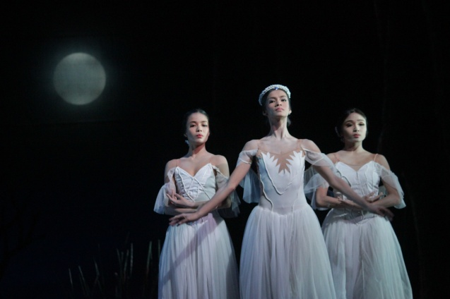 from left: Carissa Adea (Moyna), Rita Angela Winder (Queen Myrtha) and Jemima Sanielle Reyes (Zulme). Ballet Philippines' 45th year was celebrated with a special staging of GISELLE from September 19, 20 & 21, 2014 at the CCP Tanghalang Nicanor Abelardo. Photo by Jude Bautista