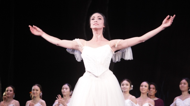 Stella Abrera (Giselle) had a successful first performance in her country of birth. Ballet Philippines' 45th year was celebrated with a special staging of GISELLE from September 19, 20 & 21, 2014 at the CCP Tanghalang Nicanor Abelardo. Photo by Jude Bautista