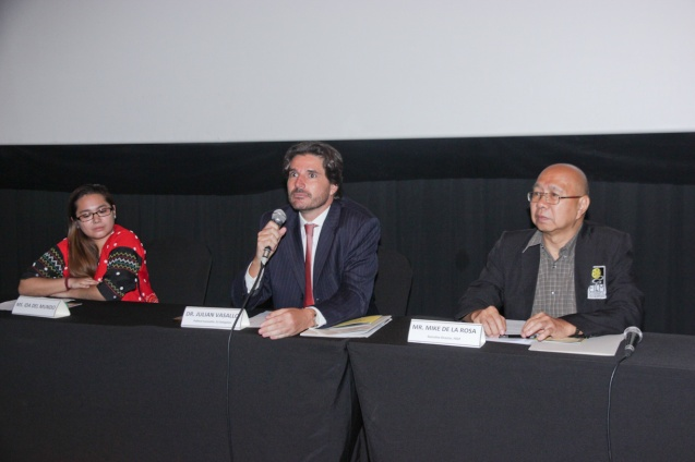 from left: K'NA THE DREAMWEAVER director Ida Anita Del Mundo, EU Political Counselor Dr. Julian Vassallo and FDCP Exec Dir Mike Dela Rosa. Cine Europa will screen the best European movies for free at Shang Cineplex, Shang Rila Plaza from September 11-21, 2014. Photo by Jude Bautista