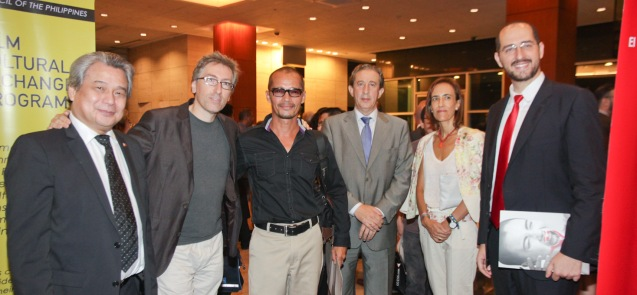 3rd and 2nd from right H.E. Amb Luis A. Calvo Castaño and Mdme Maria José Carrasco from left: FDCP Chairman Briccio Santos, David Trueba, Art Acuña and Inst Cervantes Dir. Dr. Carlos Madrid. The PELICULA Spanish film festival will run from October 9-19, 2014 at the Greenbelt Cinemas. Photo by Jude Bautista