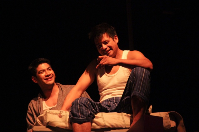 from left: Ricardo Magno (Happy) and Yul Servo (Biff). PAHIMAKAS SA ISANG AHENTE (DEATH OF A SALESMAN) of Tanghalang Pilipino runs from September 26 to October 19, 2014 at the Tanghalang Huseng Batute Theater, CCP. Photo by Jude Bautista