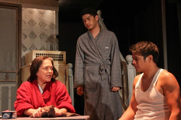 from left: Gina Pareño (Linda), Ricardo Magno (Happy) and Yul Servo (Biff). PAHIMAKAS SA ISANG AHENTE (DEATH OF A SALESMAN) of Tanghalang Pilipino runs from September 26 to October 19, 2014 at the Tanghalang Huseng Batute Theater, CCP. Photo by Jude Bautista