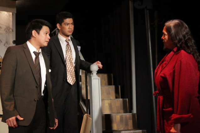 from left: Yul Servo (Biff), Ricardo Magno (Happy) and Gina Pareño (Linda). PAHIMAKAS SA ISANG AHENTE (DEATH OF A SALESMAN) of Tanghalang Pilipino runs from September 26 to October 19, 2014 at the Tanghalang Huseng Batute Theater, CCP. Photo by Jude Bautista