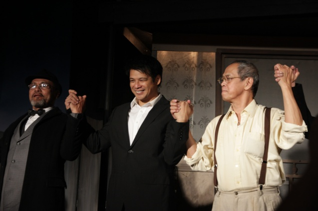 from left: Dido Dela Paz (Charley) Yul Servo (Biff), Nanding Josef (Willy). PAHIMAKAS SA ISANG AHENTE (DEATH OF A SALESMAN) of Tanghalang Pilipino runs from September 26 to October 19, 2014 at the Tanghalang Huseng Batute Theater, CCP. Photo by Jude Bautista