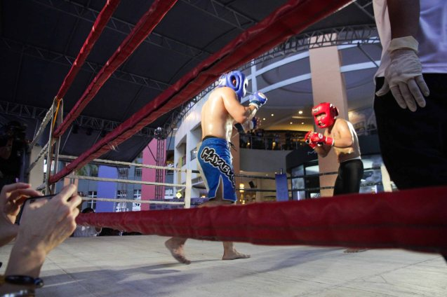 Rexona gave a boost to MMA and boxing by creating a venue for practitioners to compete. The first ever ABS CBN Sports & Action- Rexona Fight Expo was held last November 8, 2014 at the Eastwood City Open Area. Photo by Jude Bautista