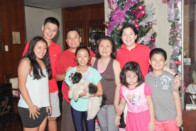 From left: Kim, Daniel, George, Hannah, Hazel and Rolyn (Kris Aquino doppelganger). Christmas day 2014.