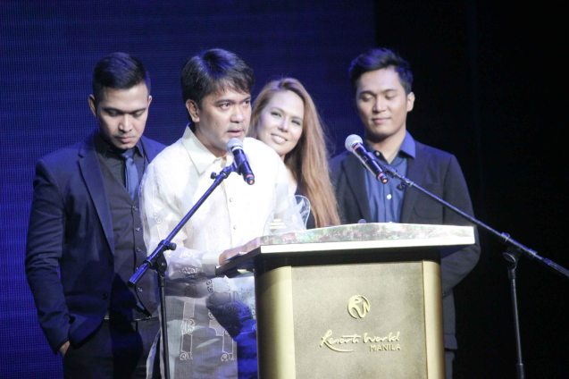 Andy Alvis (ABE PAKALALE) ties with Edward (TALDAWA) for Best Regional Recording. The 27th Awit Awards was held at the Newport Performing Arts Theater, Resort's World Manila last December 12, 2014. Photo by Jude Bautista