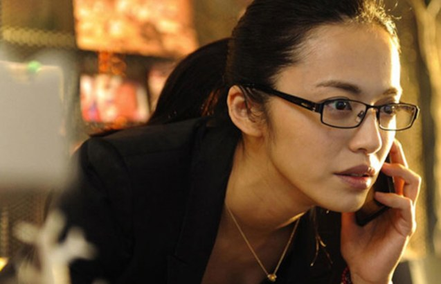 Chao Yen plays the aggressive TV producer Chen Ruoxi. Watch CAUGHT IN THE WEB and other Chinese films for free in Spring Film Festival at Shang Cineplex, Shang Rila Plaza Mall from Feb 13-22, 2015.