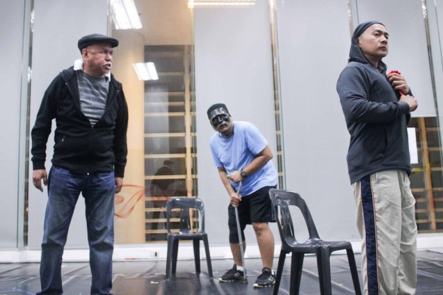 from left: Bernardo Bernardo (Haring Lear), Lambert De Jesus (Kent) and Salvador Caramat (Goneril) during the rehearsals of Studio Connections' production of HARING LEAR. FRINGE multi arts festival will run from February 12–March 1, 2015 in CCP, College of St Benilde and many other venues. Photo was taken at the CSB SDA Theater by Jude Bautista.