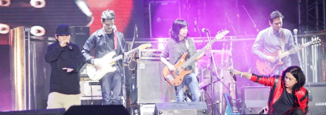 ABRA jams with Sandwich. FUSION the 1st Phil. Music Festival was held January 30, 2015 just 5 days after the Mamasapano Clash. Photo by Jude Bautista