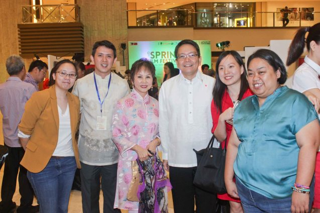 L-r: Shang Plaza Mktg MJ Mendoza, ADMU Ricardo Leong Center Dir. Sidney Christopher Bata, Dr. Rosita Leong benefactor- Leong Initiative for Ateneo Internationalization, ADMU Pres. Fr. Jett Villarin and Confucius Inst coordinator Diana Dee and Shang Plaza Mktg Shiela Santos. Watch THE GRANDMASTER (starring Zhang Zhi Yi&Tony Leung), animation film THE LEGEND OF KUNG FU RABBIT and other Chinese films for free in Spring Film Festival at Shang Cineplex, Shang Rila Plaza Mall from Feb 13-22, 2015. Photo by Jude Bautista