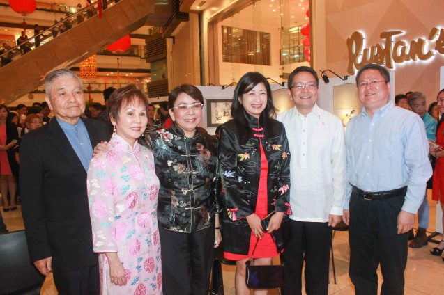 from left: Ricardo Leong founder of Ricardo Leong Center for Chinese Studies, Dr. Rosita Leong benefactor- Leong Initiative for Ateneo Internationalization, Shangri La Plaza EVP & Gen Mgr Lala Fojas, Shangri La Plaza Deputy GM Pam ¬¬¬Perez, ADMU Pres. Fr. Jett Villarin and P.R.O.C Emb. Counselor for Political Affairs Pan Feng. Watch THE GRANDMASTER (starring Zhang Zhi Yi&Tony Leung), animation film THE LEGEND OF KUNG FU RABBIT and other Chinese films for free in Spring Film Festival at Shang Cineplex, Shang Rila Plaza Mall from Feb 13-22, 2015. Photo by Jude Bautista