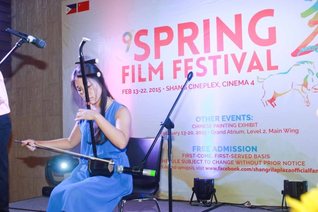 Sun Diao plays the Chinese fiddle called ERHU at the opening of the Spring Film fest. Watch THE GRANDMASTER (starring Zhang Zhi Yi&Tony Leung), animation film THE LEGEND OF KUNG FU RABBIT and other Chinese films for free in Spring Film Festival at Shang Cineplex, Shang Rila Plaza Mall from Feb 13-22, 2015. Photo by Jude Bautista