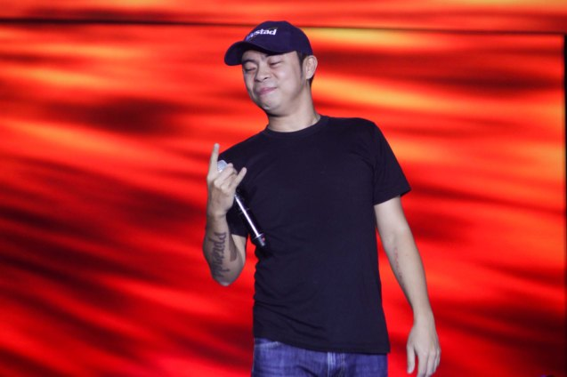 Parokya Ni Edgar vocalist Chito Miranda poses for fans' pic. FUSION the 1st Phil. Music Festival was held January 30, 2015 just 5 days after the Mamasapano Clash. Photo by Jude Bautista