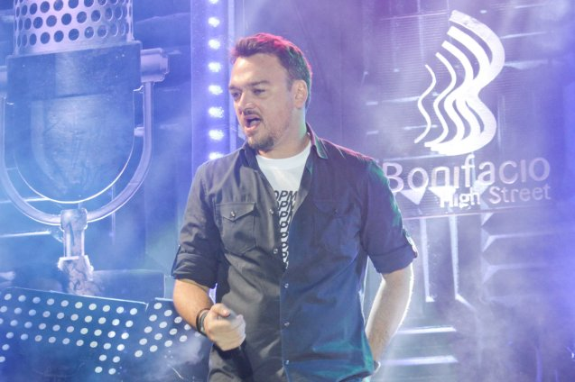Basti Artadi; PALAKASIN ANG OPM COLLAB Sessions first 12-hour OPM festival was held at the Bonifacio High Street Amphitheatre, Bonifacio Global City Taguig last March 14, 2015. Photo by Jude Bautista