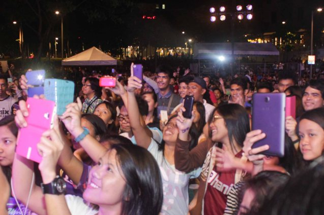 Crowd shoots w tablets. PALAKASIN ANG OPM COLLAB Sessions first 12-hour OPM festival was held at the Bonifacio High Street Amphitheatre, Bonifacio Global City Taguig last March 14, 2015. Photo by Jude Bautista