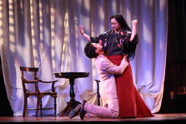 Arnold Reyes (Señor Vicente) pleads w Shamaine Buencamino (Señora Margarita). Catch Tanghalang Pilipino's adaptation of DANGEROUS LIASONS—JUEGO DE PELIGRO at CCP until March 8, 2015; Costumes by James Reyes. Photo by Jude Bautista
