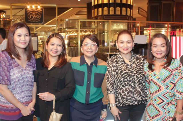 from left: Shang Plaza Tenant Div Lee Ann Caimol (Acct Officer), Karen Fernandez (Asst Mgr), Shang Rila Plaza EVP & Gen Mgr Lala Fojas, Shang Plaza Tenant Div Sr Mgr Rochelle Moreno and ASHA Group PR Marie M Dizon. Try out designer coffee and listen to great jazz in COFFEE TEA AND ALL THAT JAZZ AT THE SHANG, East Atrium of the Shangri-La Plaza Mall from March 20-29, 2015. Photo by Jude Bautista