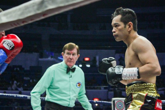 Ref Mctavish looks at Prado closely; PINOY PRIDE 30 D-Day was held at the SMART Araneta Coliseum last March 28, 2015. Photo by Jude Bautista