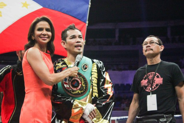 Diane Castillejo interviews Nonito Donaire Jr after win. PINOY PRIDE 30 D-Day was held at the SMART Araneta Coliseum last March 28, 2015. Photo by Jude Bautista