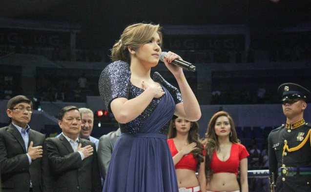 Angeline Quinto sang LUPANG HINIRANG perfectly. She was certainly younger and prettier than the Mexican representative who sang MEXICANOS, AL GRITO DE GUERRA. PINOY PRIDE 30 D-Day was held at the SMART Araneta Coliseum last March 28, 2015. Photo by Jude Bautista
