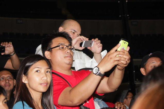 Fans shoot Nonito w their i-phones and androids during post fight press con. PINOY PRIDE 30 D-Day was held at the SMART Araneta Coliseum last March 28, 2015. Photo by Jude Bautista
