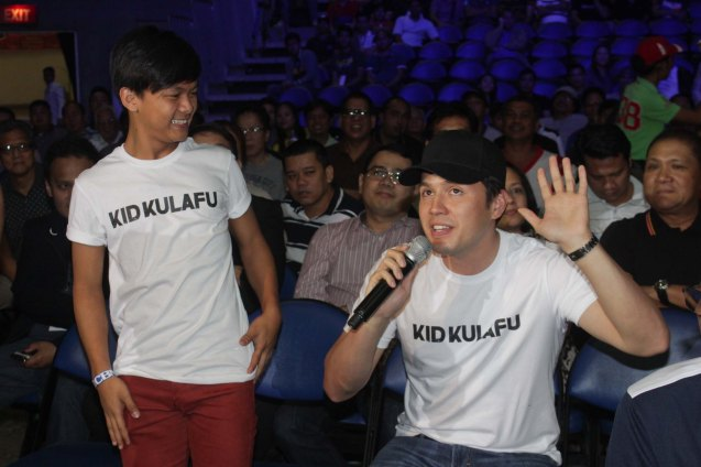 from left: Buboy Villar & Direk Paul Soriano was ringside to promote their boxing film KID KULAFU showing April 15, 2015 in cinemas nationwide. PINOY PRIDE 30 D-Day was held at the SMART Araneta Coliseum last March 28, 2015. Photo by Jude Bautista