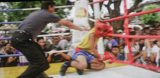 Manuel (Buboy Villar) was knocked down on his first amateur fight but still had enough courage to get up and win the fight. After KID KULAFU's successful run in the Philippines it will also be released in the U.S. and Canada. Click on this link for cities and release dates: http://abscbnpr.com/untold-story-of-manny-pacquiao-revealed-in-kid-kulafu/