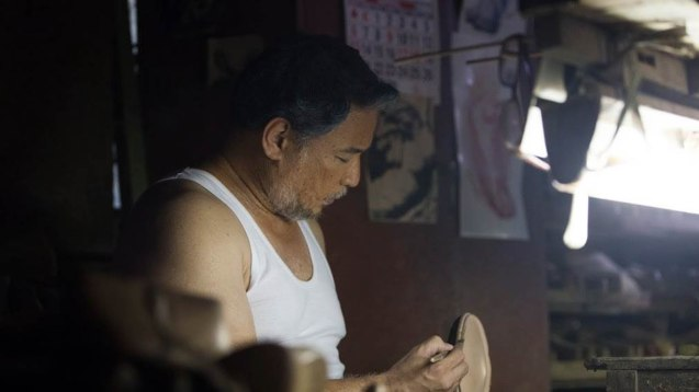Ricky Davao plays master shoemaker Romeo Guevara. ASIA ON SCREEN 2015 film fest will run at the Shang Cineplex, Shangri-La Plaza Mall from May 8-12, 2015. Photo from Official MARIQUINA fb page https://www.facebook.com/mariquinathemovie/timeline