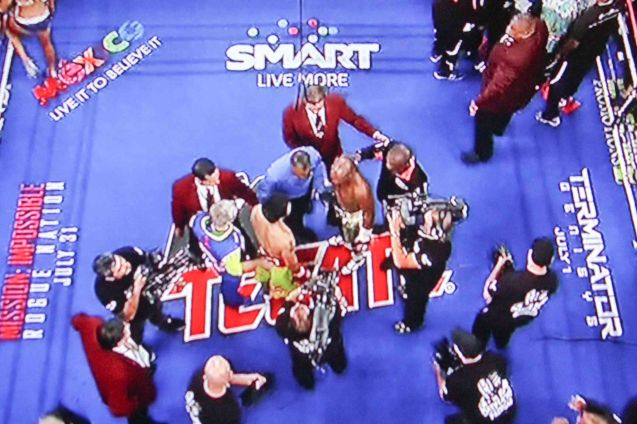 SMART communications was the only Pinoy Corporation to sponsor a spot on the canvas during the Fight of the Century.