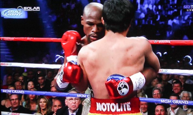 Mayweather was clinching from the opening round.